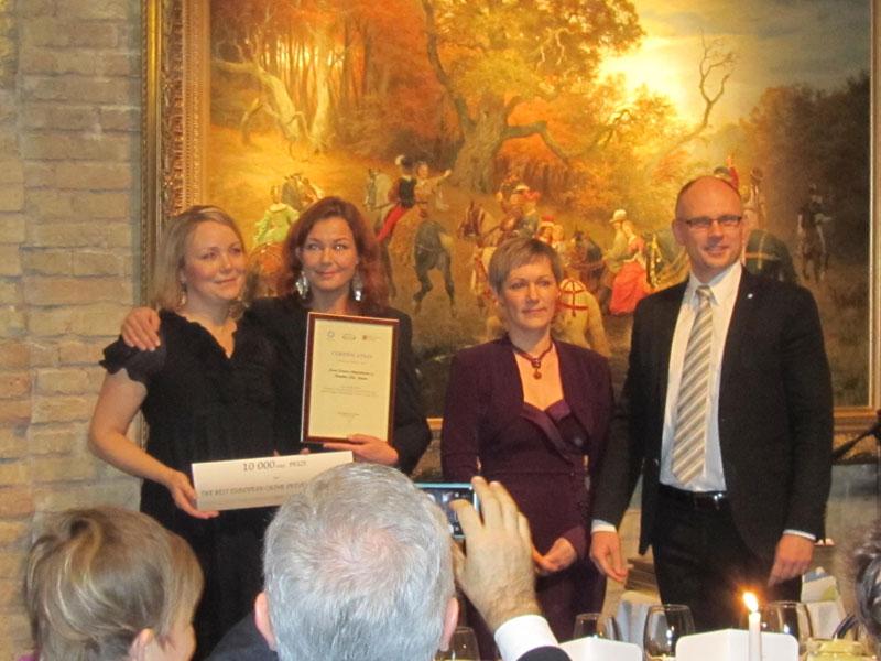 """Der erste Preis ging an das schwedische Projekt """"Relationship violence center""""."""