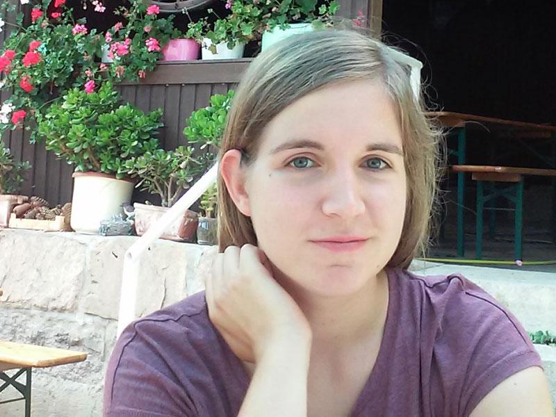 Julia Rathgen absolviert seit Mitte September 2017 ein Praktikum im Frauenhaus Diepholz